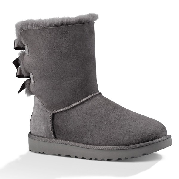 ugg with bow