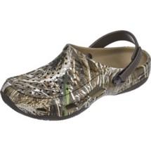 Men's Crocs Swiftwater Realtree Deck Clogs