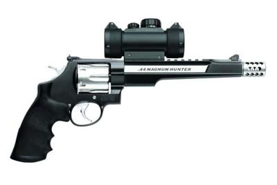 Smith & Wesson Performance Center Model 629 Hunter 44 Magnum Handgun' data-lgimg='{