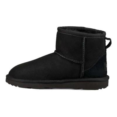 Grade School Girls' UGG Classic Mini II Boots