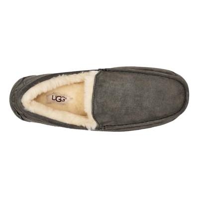 390b9195af3 Men's UGG Ascot Slippers