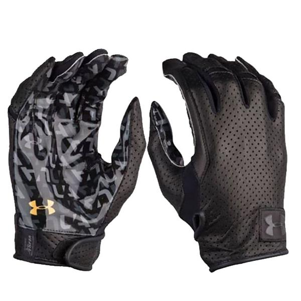 dd19eef36a791 Men's Under Armour Spotlight Lux Football Gloves | SCHEELS.com