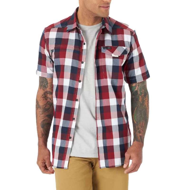 Men's Wrangler ATG Zip Pocket Plaid Short Sleeve Shirt