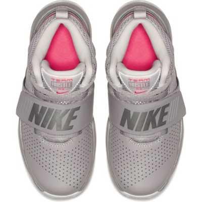 Boys' Nike Team Hustle D 8 Basketball Shoes