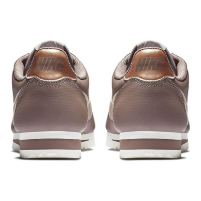 best cheap fbf04 ae6ba Women's Nike Classic Cortez Metallic Leather Shoes