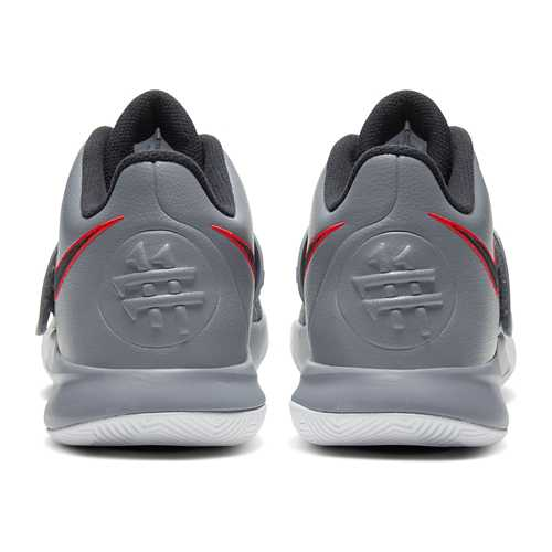 Nike Kyrie Flytrap 3 Basketball Shoes