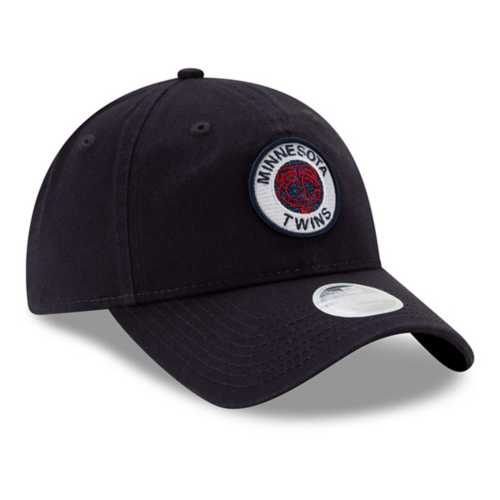 New Era Women's Minnesota Twins Shiny Patch 9Twenty Relaxed Fit Adjustable Hat