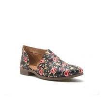 Women's Qupid Tuxedo Shoes