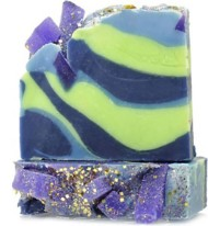 Women's FinchBerry Branching Out Handmade Soap