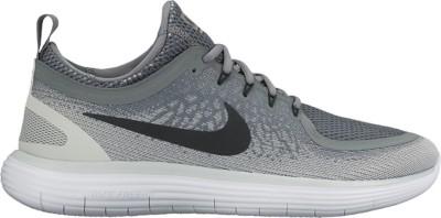 Nike Free Rn Distance De Deux Des Femmes De Chaussures De Course De Fond Gris / Noir