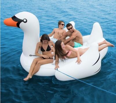 "Swimline ""The Biggest Giant Swan"""
