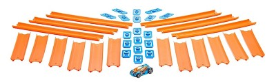 Hot Wheels Straight Track Builder with Car