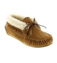 Women's Minnetonka Chrissy Bootie Slippers