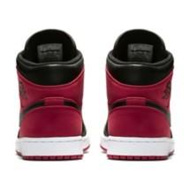 Grade School Boys' Air Jordan 1 Mid Shoes