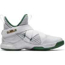 Grade School Boys' Nike LeBron Soldier XII Basketball Shoes