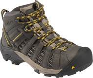 Men's KEEN Voyageur Mid Hiking Shoes