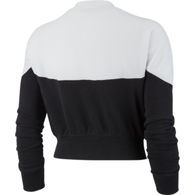 9ed565c7 Women's Nike Sportswear Heritage Long Sleeve Crew | SCHEELS.com