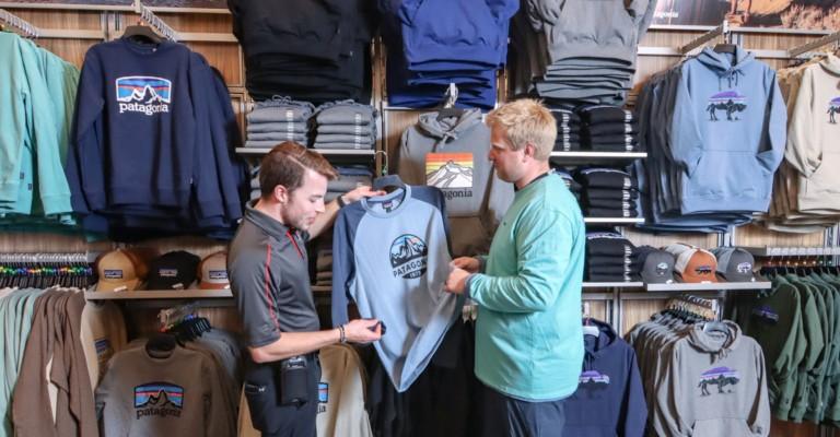 Scheels customer service expert helping customer