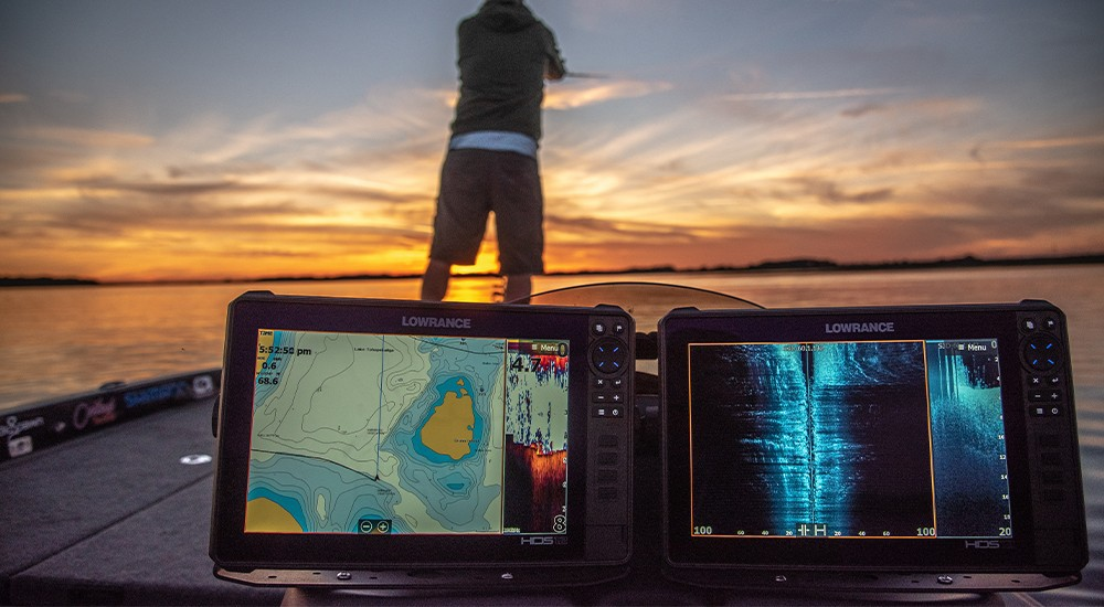 Fish finders featuring side imaging technology